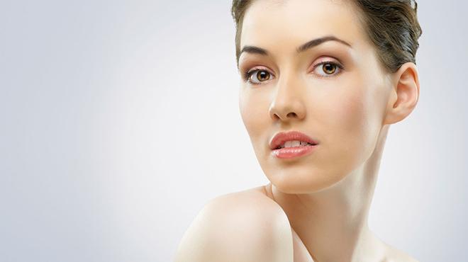 如果脸上有毛孔堵塞怎么办-花点功夫做好面部的护肤护理定能改善面部肌肤