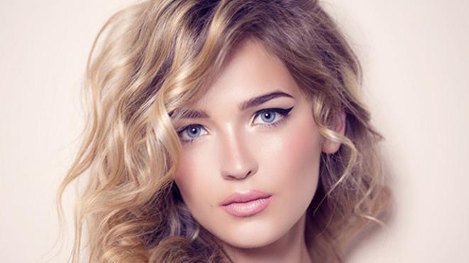 脸长的女生适合什么样的发型-长脸型经常会被吐槽成马脸要发型留得合适