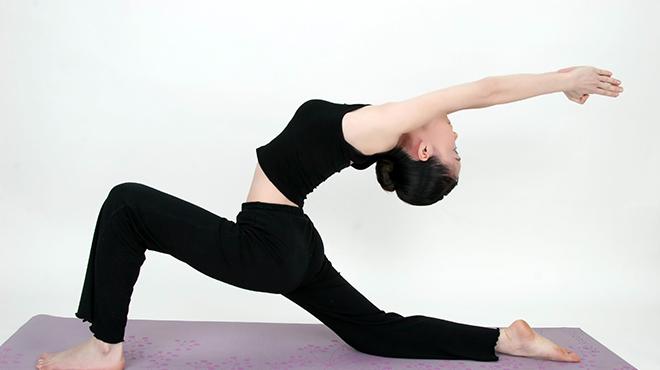 练瑜伽-增强身体活力让人保持年轻身材摆脱亚健康状态