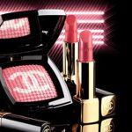 香奈儿彩妆系列-粉底细腻且遮盖力度轻松完成修饰脸部轮廓