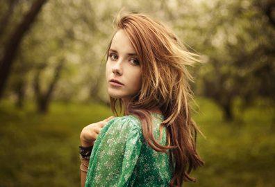 如何展现自然美-很多方法可以增强自然美而无需使用眼影,唇彩和腮红