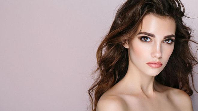 免洗护发素-顾名思义就是不用洗掉的护发素给予头发的修护保湿作用的